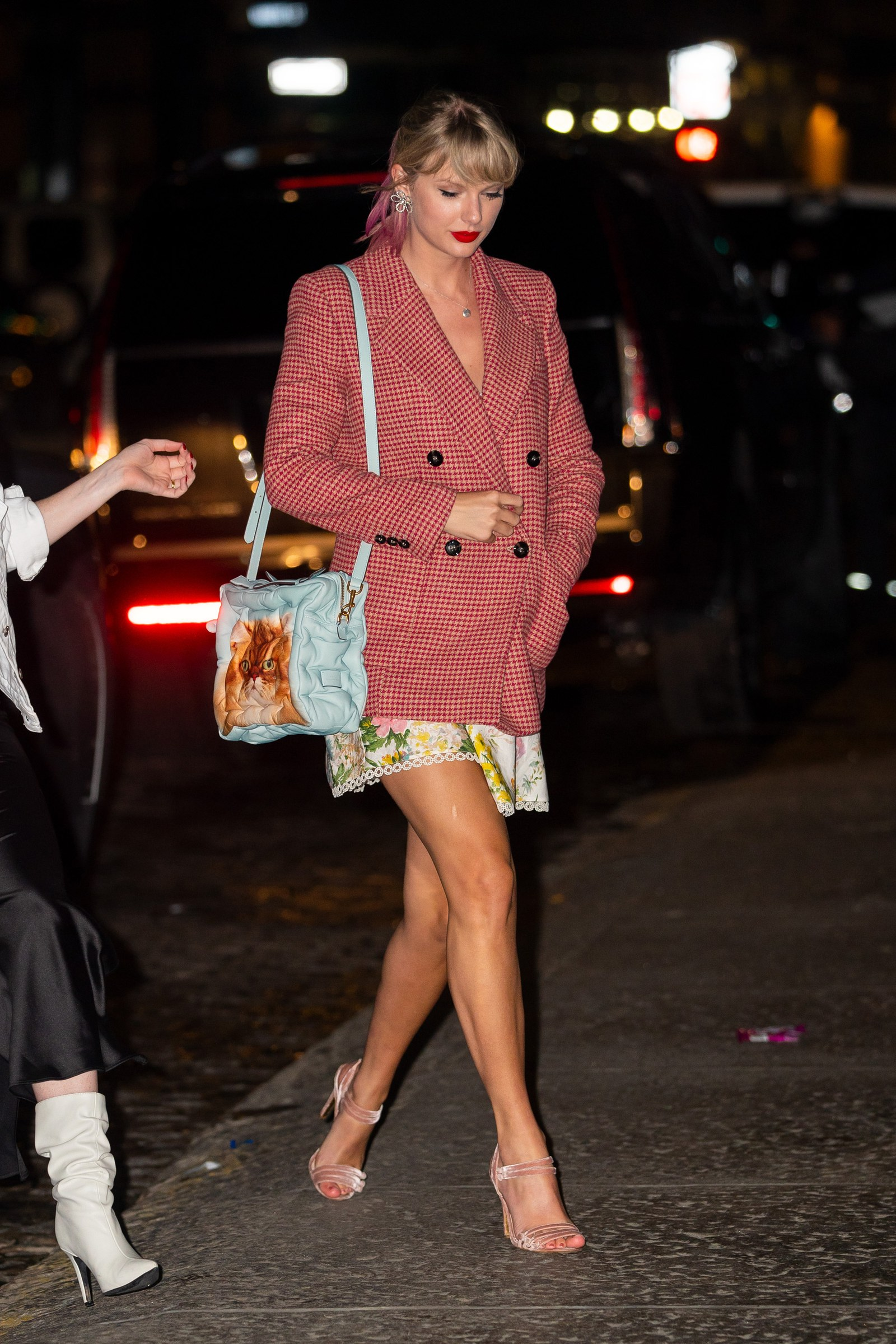 NEW YORK NEW YORK APRIL 22 Taylor Swift is seen in Tribeca on April 22 2019 in New York City.