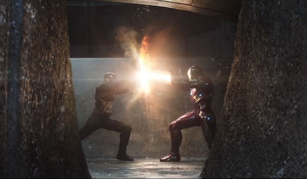 Captain America and Iron Man fighting in Civil War