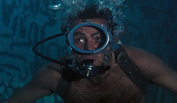 Sean Connery SCUBA diving as James Bond in Thunderball