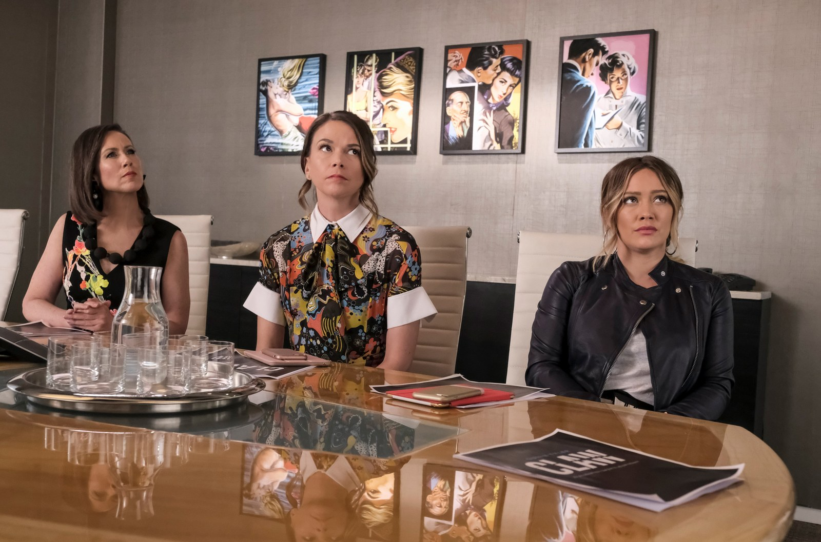Miriam Shor Sutton Foster and Hilary Duff on Younger.