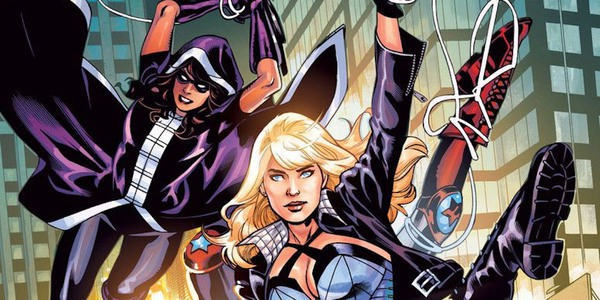 Huntress and Black Canary in Bird of Prey Comics