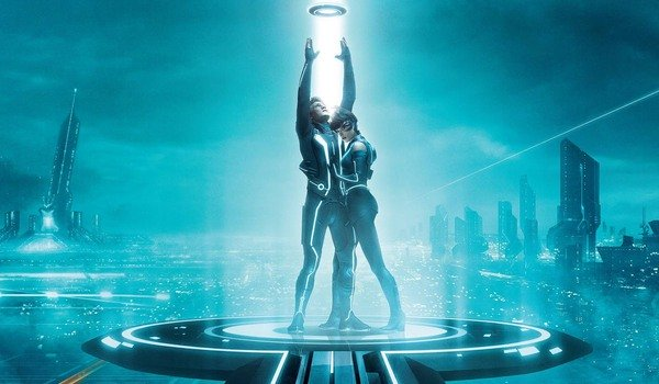 Tron Legacy Sam and Quorra standing on the portal